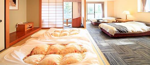 全室富士山ビューの客室で、ゆったりと寛ぐ